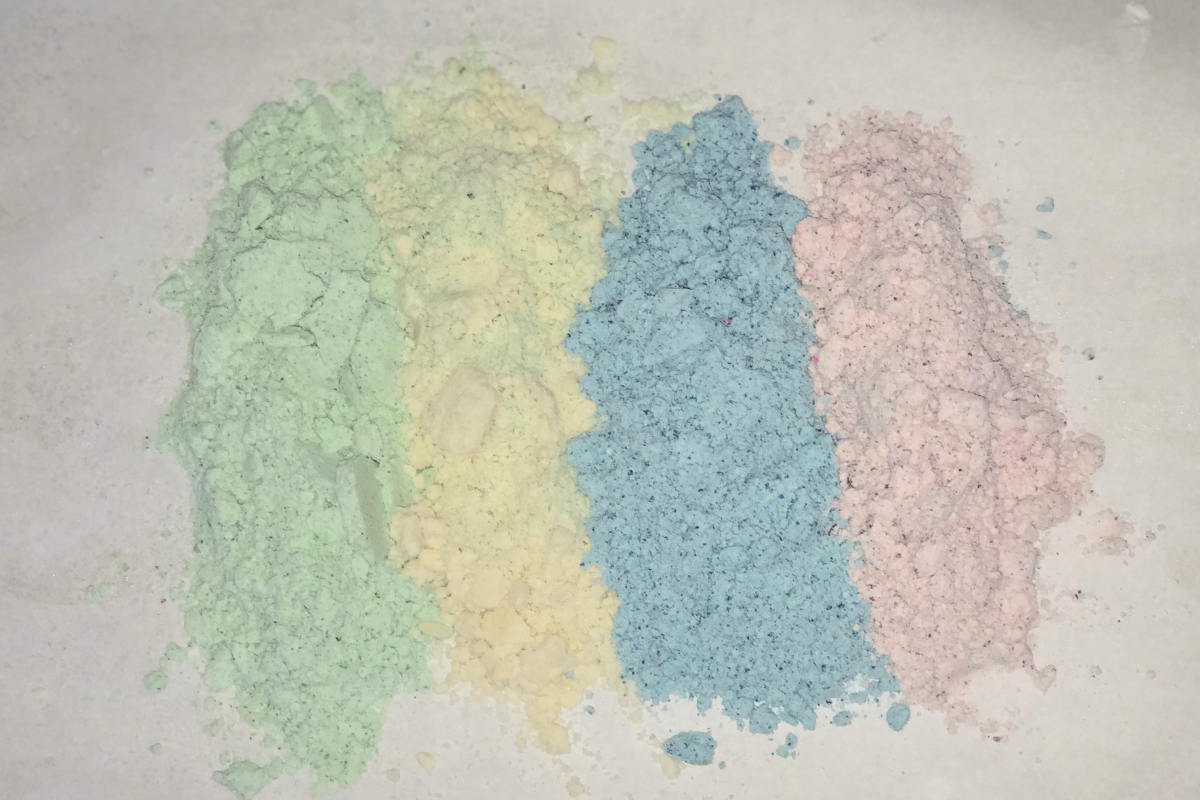 How to Make Moon Sand Like a Boss