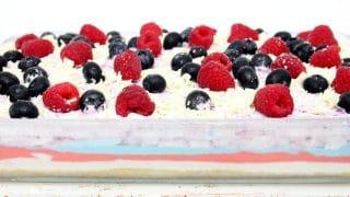 The Easiest No Bake Berry Cheesecake You'll Make